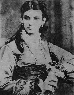 María Mantilla, La niña de Guatemala