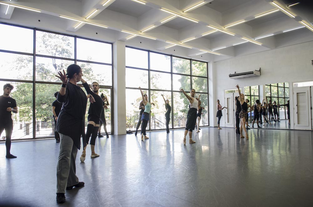 Acosta Danza, compañía dirigida por el bailarín Carlos Acosta