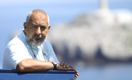 foto del escritor cubano Leonardo Padura