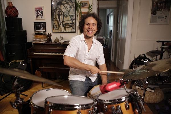 foto del baterista cubano Dafnis Prieto