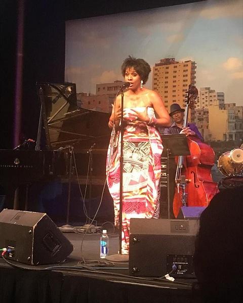 cantante Zule Guerra